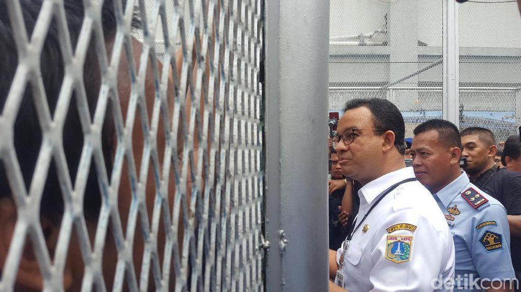Anies Cek TPS di LP Salemba, Ada yang Teriak Hidup Prabowo