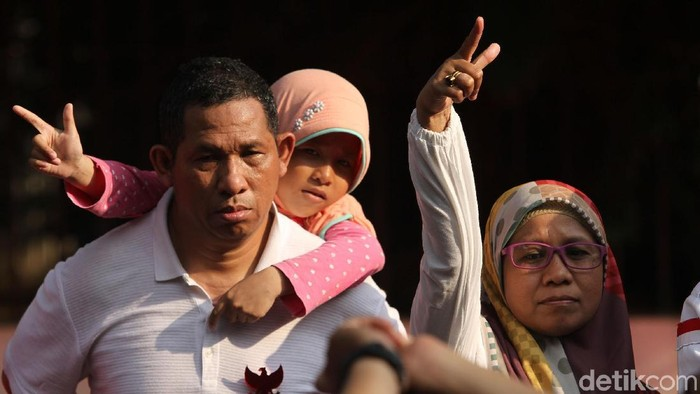 Konflik debat pemilu yang masih ramai di antara pendukung bisa berdampak pada anak-anak. (Foto: Rifkianto Nugroho)