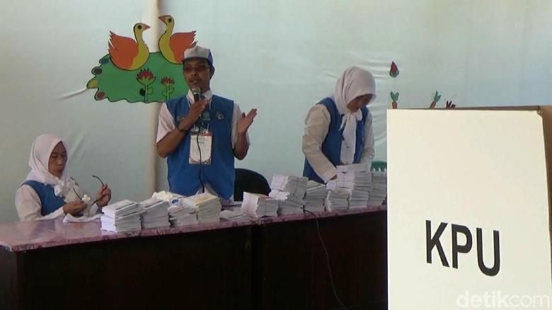 TPS Bertema Taman Kanak-kanak di Pasuruan Sukses Menarik Pemilih