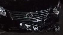 Mobil Sedan yang Tabrak Mercy dan 4 Motor di Jaksel Diduga Bodong