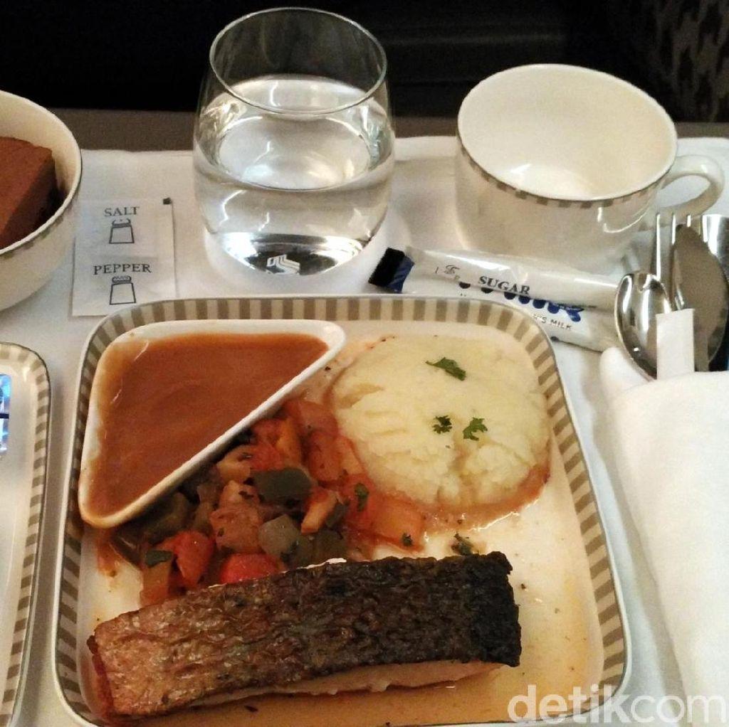 Menu-menu Lezat di Kelas Bisnis Pesawat Singapore Airlines