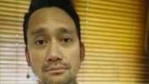 Selfie ala Nicholas Saputra, Tora Sudiro Pasang Muka Melas