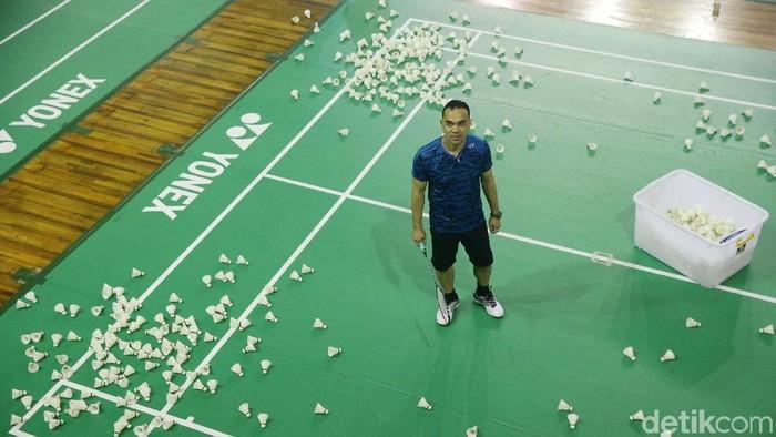 Rionny Mainaky Nyebur Jadi Pelatih di Jepang