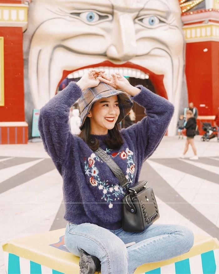 Inilah sosok Sasyachi yang memulai karir sebagai beauty blogger sejak 2013. Ia kerap berbagi tips kecantikan di laman Instagramnya. Foto: Instagram sasyachi