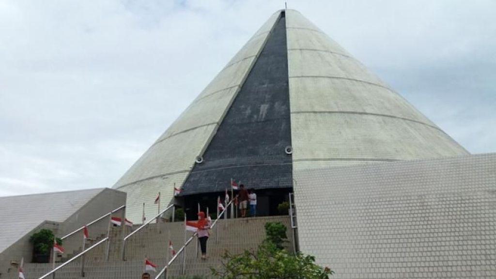 Wisata Sejarah di Monumen Jogja Kembali