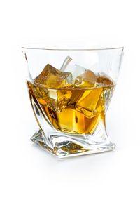 Minum Koktail Ini Bisa Pandangi Wajah George Clooney