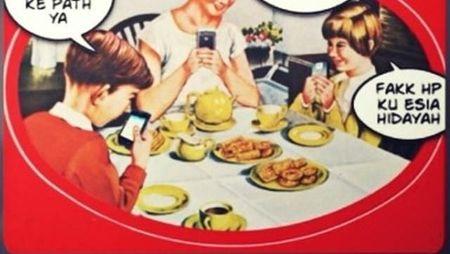 Adu Pantun Kocak Kaleng Biskuit Khong Guan, Mana yang Paling Lucu?