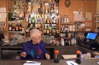 Nenek 89 Tahun Ini Jadi Pegawai Tertua di Resto Sushi Legendaris