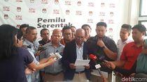 Pendukung Prabowo Laporkan Lembaga Survei soal QC Pilpres ke KPU