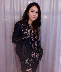 Artis Hong Kong Jacqueline Wong membuat pengakuan setelah sembunyi karena video intimnya tersebar.