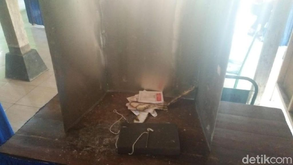 Bawaslu Gunungkidul Mintai Keterangan Saksi Terkait Surat Suara Dibakar