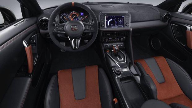 Interior Nissan GT-R Nismo 2020,