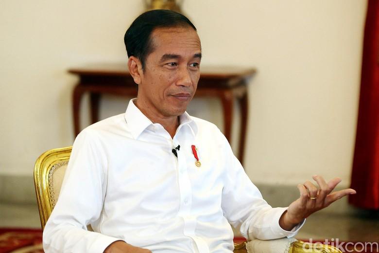 Beranikah Jokowi Bentuk Kabinet Profesional Berisi Anak-anak Muda?