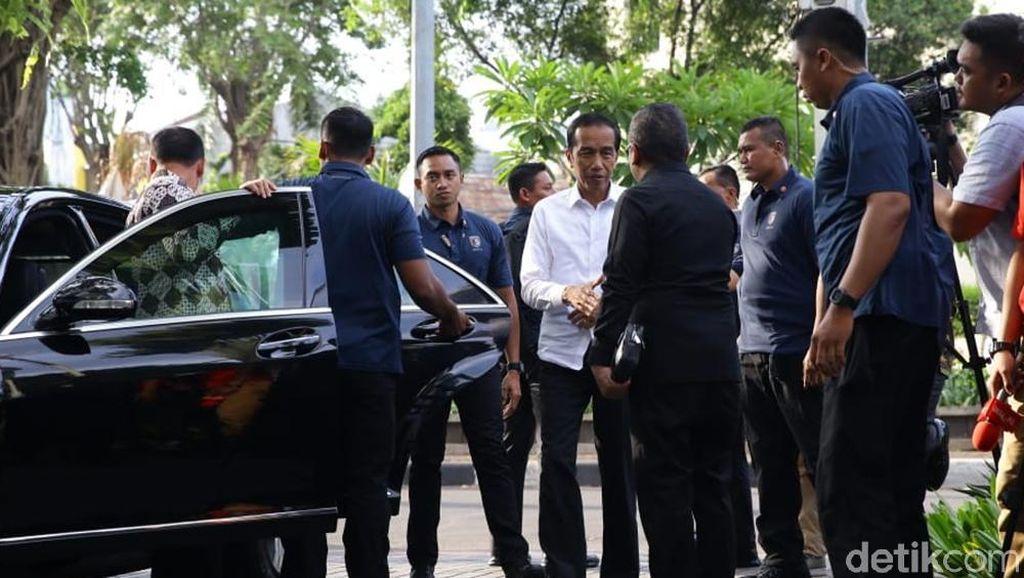 Jokowi Kumpulkan Ketum Parpol Koalisi di Plataran Menteng