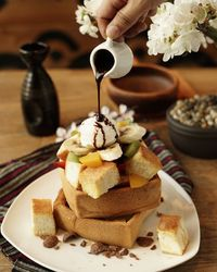 Nyamm! Ngemil Honey Toast Enak di 5 Tempat Ini