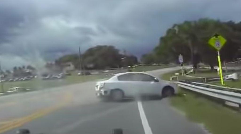 3 Wanita Bugil di Mobil Dikejar Polisi