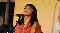 Foto: Bassist Manis Asal Bandung Ini Sering Disebut Netizen Istri Online-ku