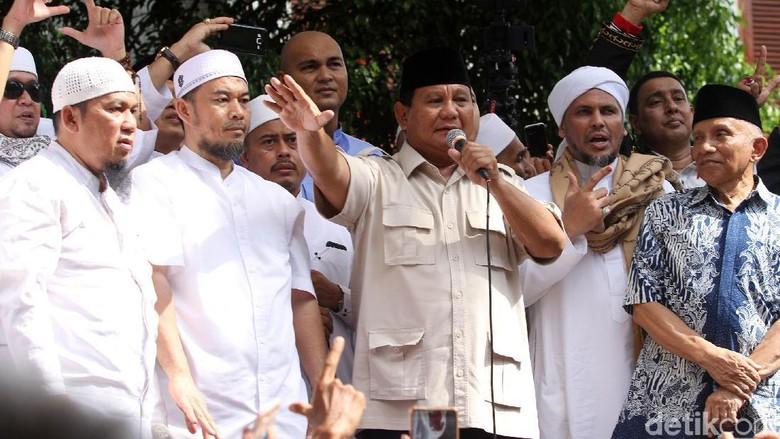 Prabowo Jamin Taat Konstitusi, Minta Kawal Rekapitulasi