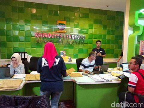 Aparat Gabungan Kawal Rekapitulasi Pemilu di Tingkat PPK Bandung