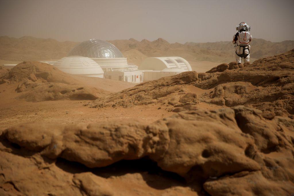 Saat ini China sedang memperlihatkan ambisi besar di dunia antariksa. Terkait itu China bahkan baru saja membuka sebuah markas simulasi planet Mars. Thomas Peter/Reuters.