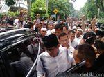 Usai Salat Jumat, Sandiaga Disambut Selawat Jemaah di Masjid