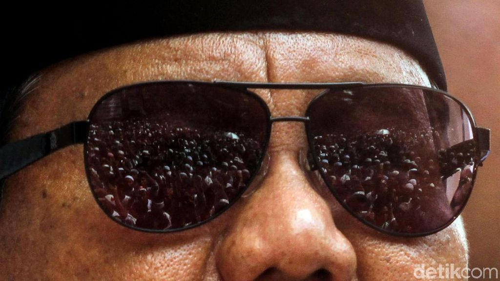 Menelusuri Lokasi Tabulasi Prabowo-Sandi