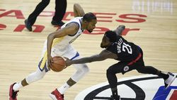 Hasil NBA: Kalahkan Clippers, Warriors Rebut Gim Ketiga Playoff