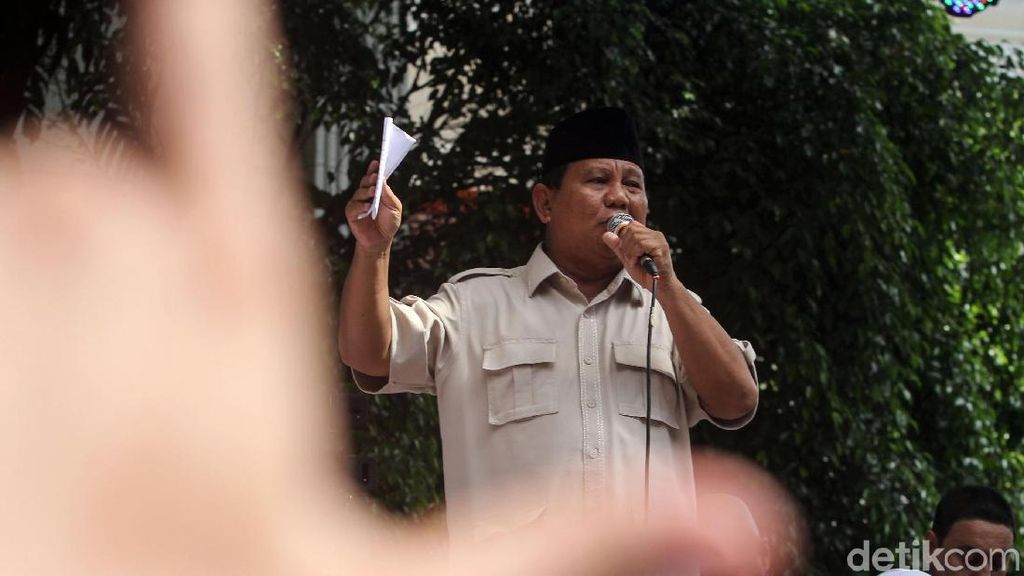 Di Depan Pendukung, Prabowo Jamin akan Bertindak Sesuai Konstitusi