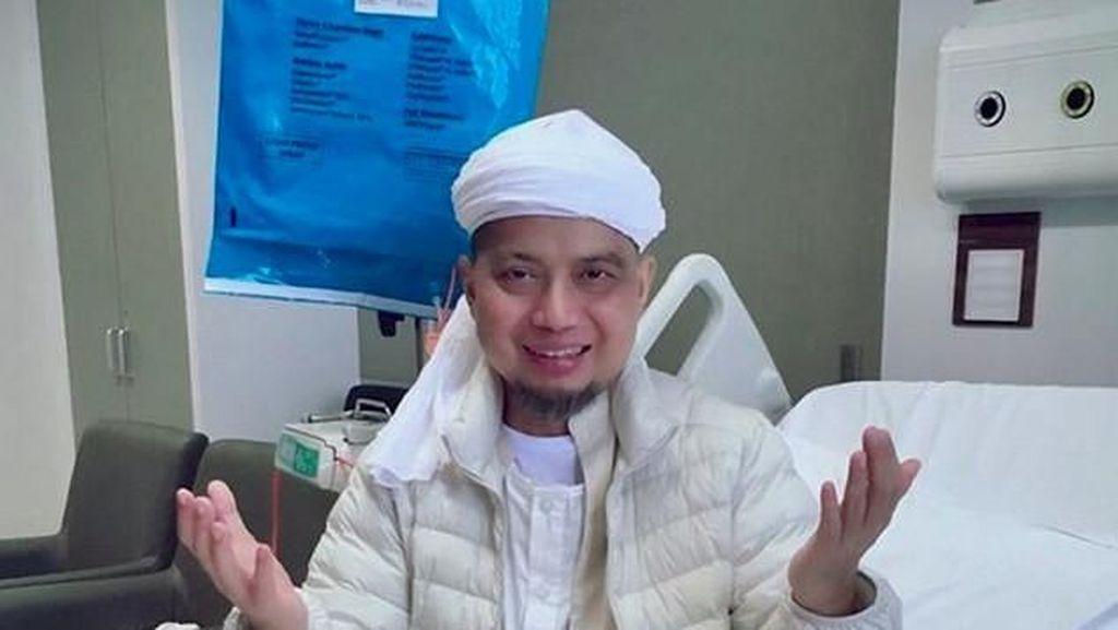 Sebelum Meninggal, Ustaz Arifin Ilham Salat Berbaring
