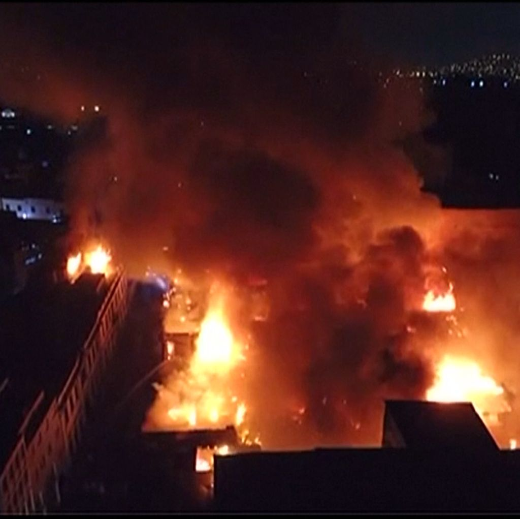 Kebakaran Dahsyat di Peru, 32 Unit Pemadam Dikerahkan