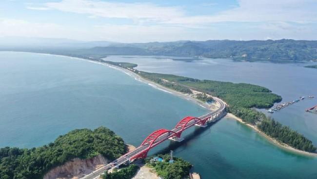 Istana Papua Bakal Dekat Jembatan Kebanggaan Jokowi