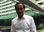 Teka-teki Jokowi Lewat Pintu Belakang Istana Pagi Ini