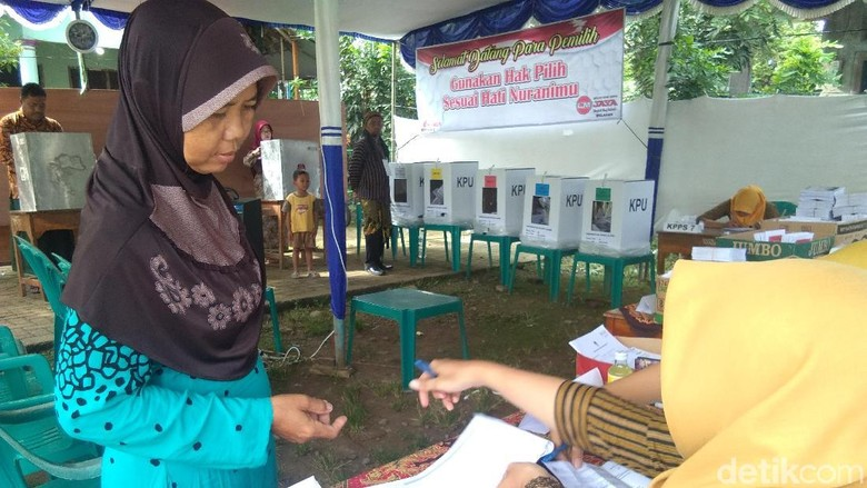 Pemungutan Ulang di TPS 16 Welahan Jepara, Warga Tetap Antusias