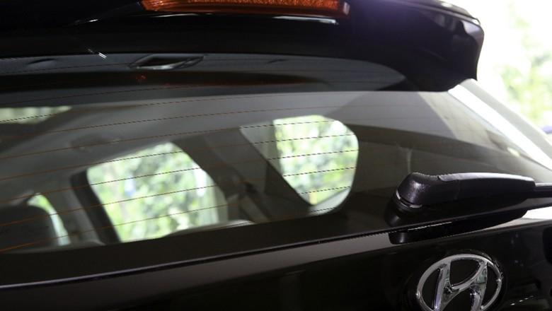 Defogger mobil. Foto: Hyundai Mobil Indonesia