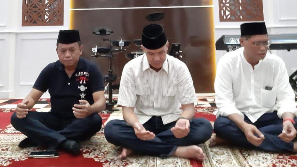 Syukuran Pemilu Damai, Ganjar Doa Bersama Anak Yatim di Sleman
