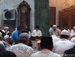 Sandiaga Hadiri Malam Nisfu Syakban di Masjid At-Taqwa