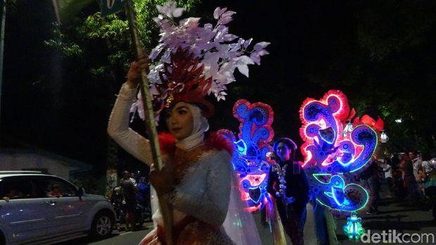 Kirab Pataka RA Kartini di Rembang