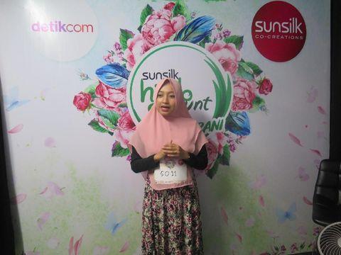 Peserta Sunsilk Hijab Hunt 2019 Audisi Medan pamer kebolehan berpidato dalam bahasa Arab.