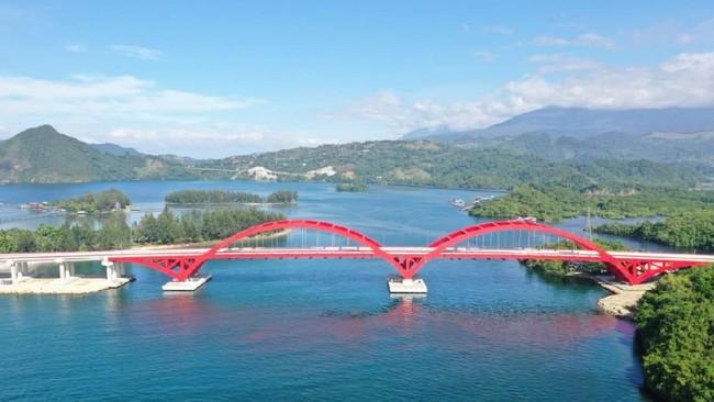 Jokowi ke Papua Resmikan Jembatan Holtekamp, Pengganti Tiko dan BGS