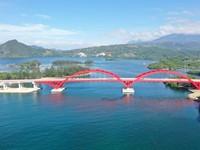 Jalan Panjang Jembatan Kebanggaan Jokowi, Waspada Seleksi Alam Boba