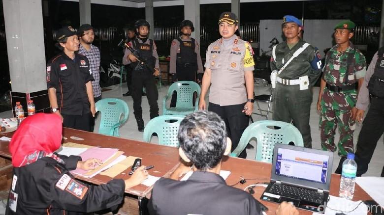 Polisi Kawal dan Amankan Rekapitulasi Surat Suara 24 Jam