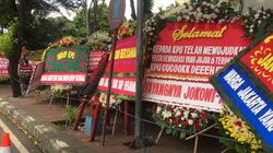Dari Emak-emak Edun hingga Yayangnya Jokowi Kirim Bunga untuk KPU