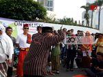 Saat Onthelis Pria Rayakan Hari Kartini di Car Free Day