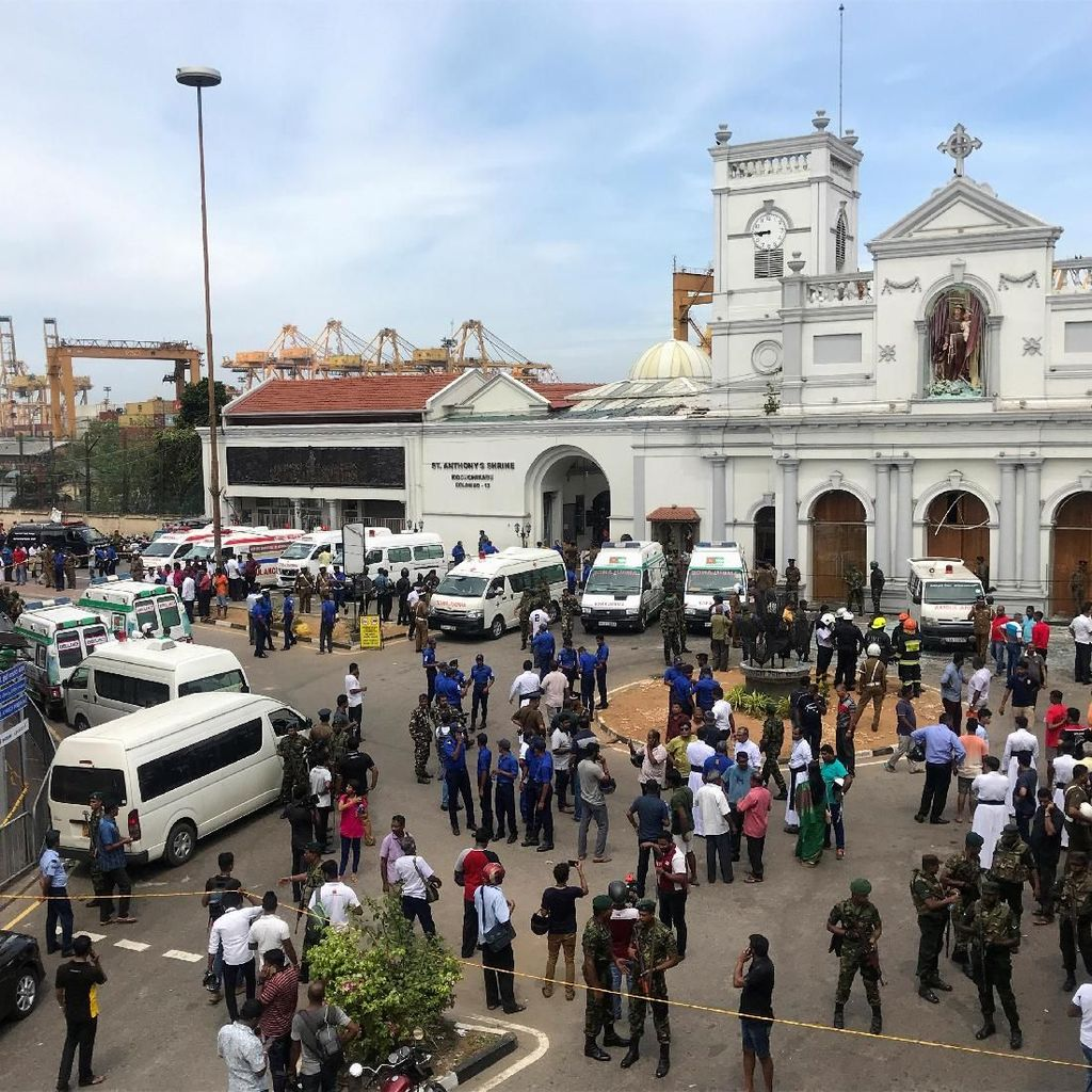 138 Tewas dan 400 Terluka Akibat Teror Bom di Gereja-Hotel di Sri Lanka