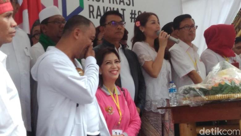 Hadiri Syukuran di Rumah Aspirasi Jokowi, Moeldoko: Tepuk Tangan untuk Relawan
