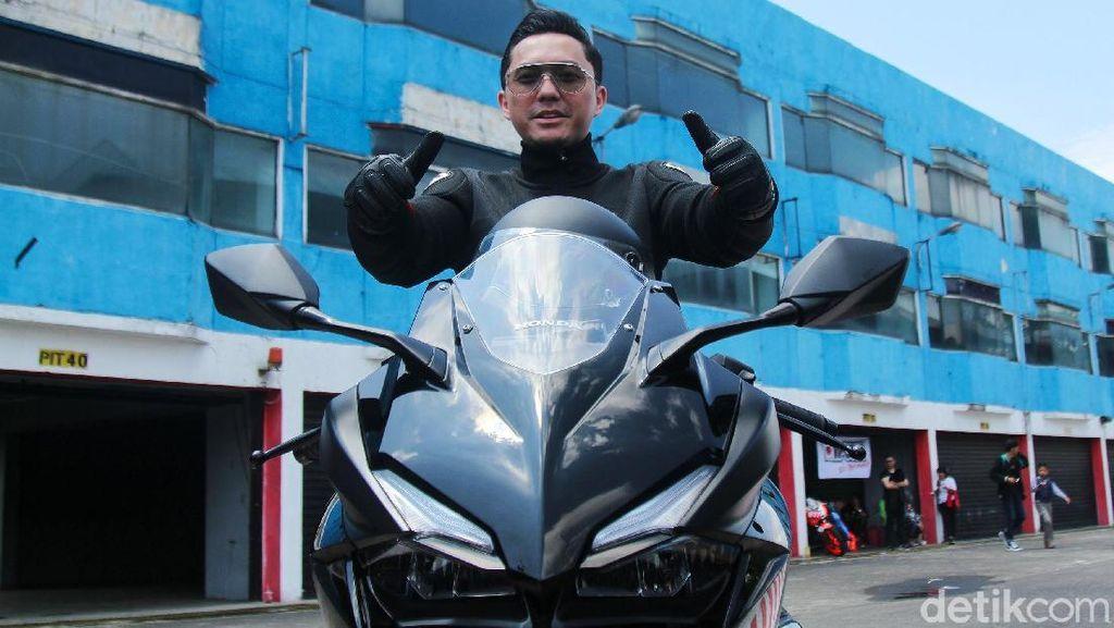 Omesh Serasa Mau Terbang Usai Jajal Honda CBR250RR di Sentul