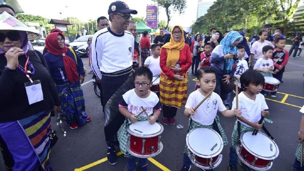 Festival Sarung Pamerkan Sarung Berbagai Daerah di Sulsel