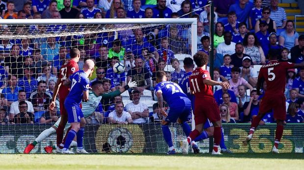 Proses gol yang dicetak Giorginio Wijnaldum ke gawang Cardiff City. (