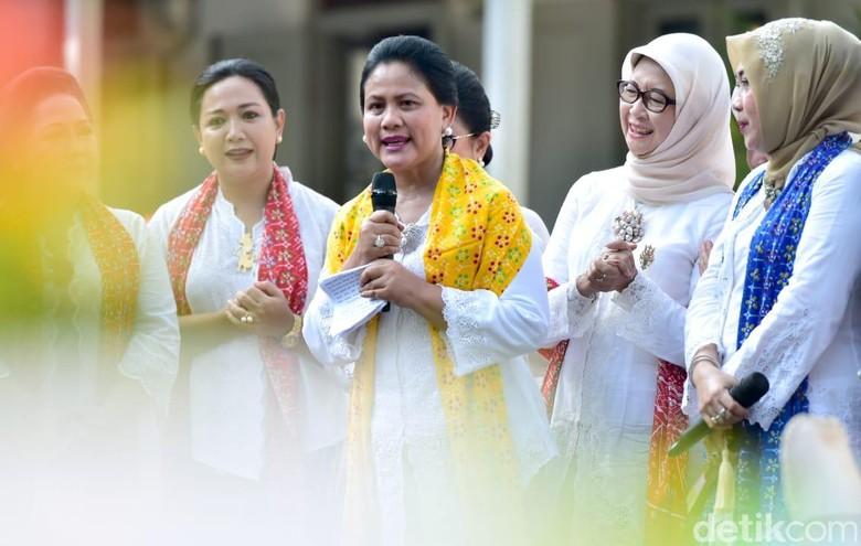 Iriana: Satu Ditambah Dua Sama dengan Tiga, Persatuan Indonesia