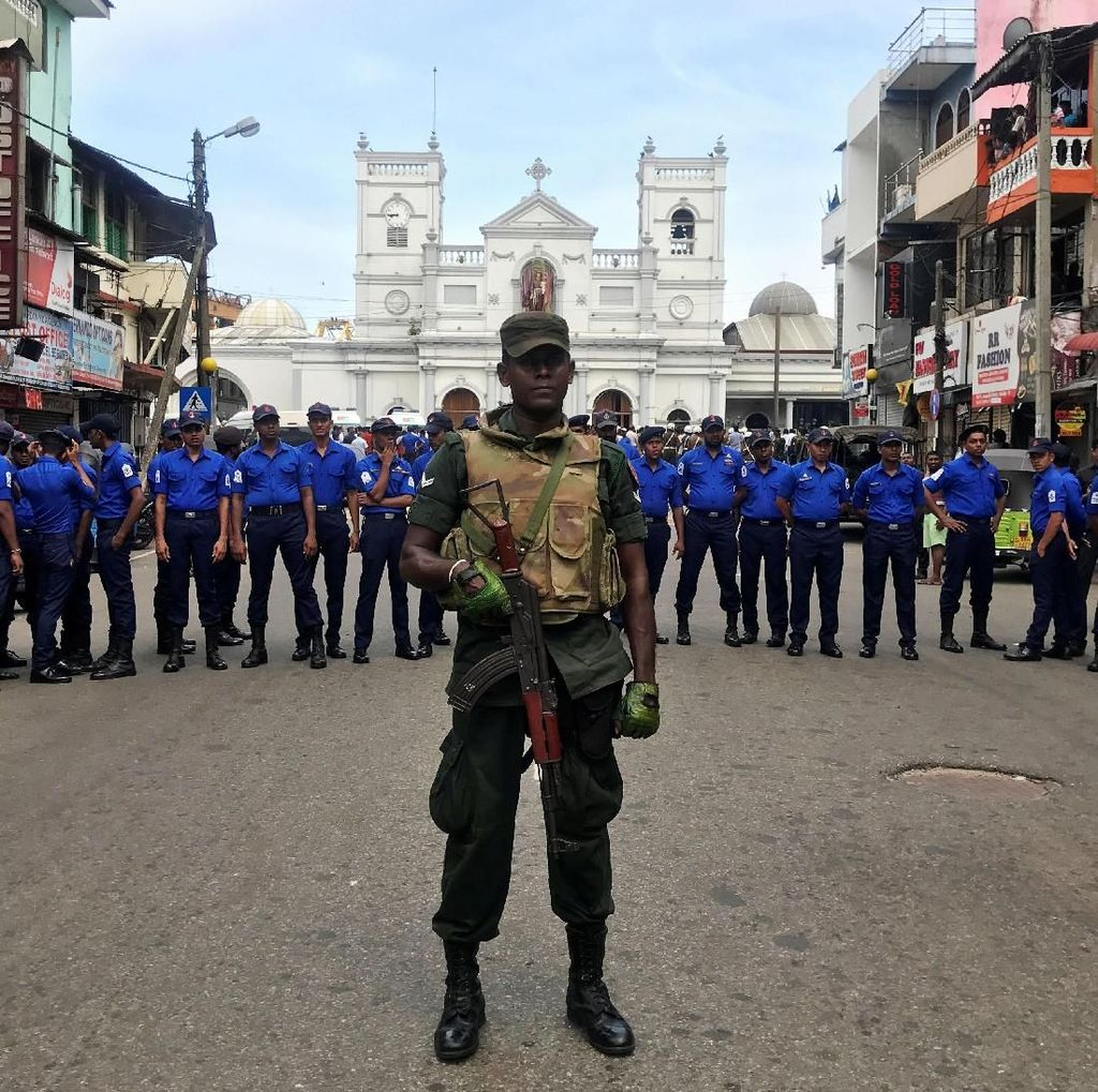 Polisi Sri Lanka Tangkap 3 Orang di Kolombo, 21 Granat Disita